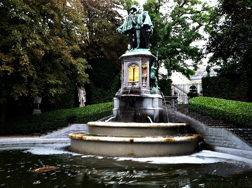 Brussels Fountain via Food, Booze, & Baggage