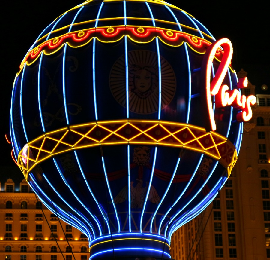 Paris sign Vegas